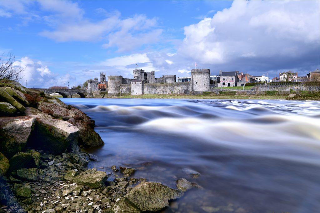 King John's Castle. Shannon River, Limerick. Nikon Z 7 and Z 24-70mm f/4 S. f14.0 - 32 secs -32 ISO - Long Exposure