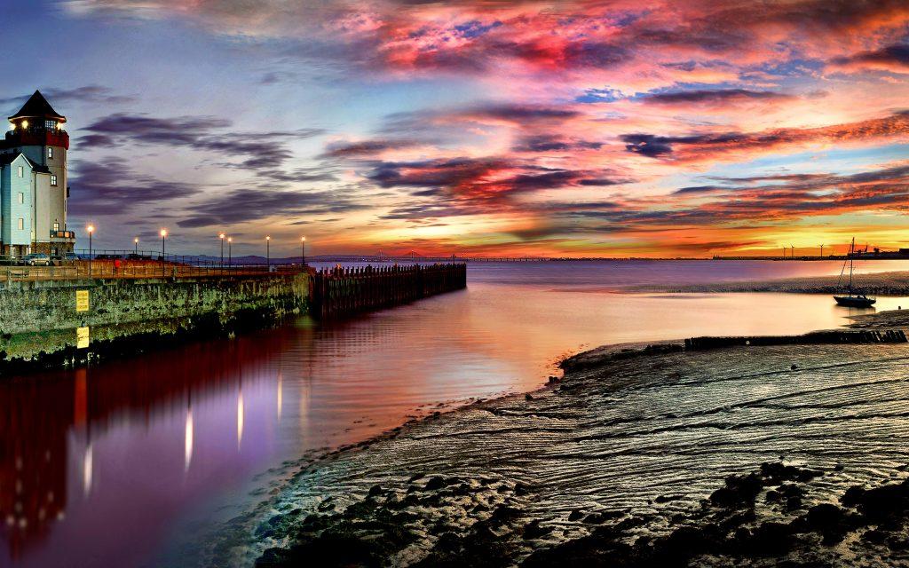Severn_Bridge_Sunrise. Portishead. Marmalade sunrise.  Nikon D700 with AF-S 24-70 f2.8.  f22 - 1/8th sec - 100 ISO